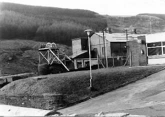 Ffaldau Colliery in 1986 during demolition. The winding ropes crossed over the main road at this point before the conversion from steam power to blast (compressed air).