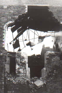 Ffaldau Colliery winding house being demolished in 1985.