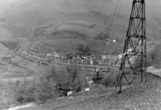 Blaengarw in 1986. One of the pylons in the aerial ropeway before it was demolished.