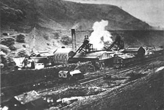 Wyndham Colliery in the early part of the 20th Century.