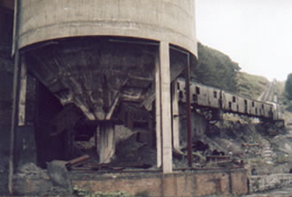 The washery in Ogmore Vale. The pit shaft was just next to this. The waste was sent to the top of the mountain by the aerial ropeway. The slag heaps have all been removed now and have been grassed over.