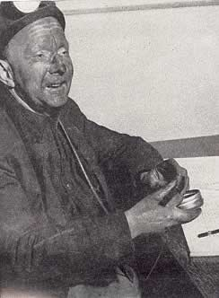 The under-manager of Ffaldau Colliery in 1955 was William Hodder. He was in charge of operations underground.